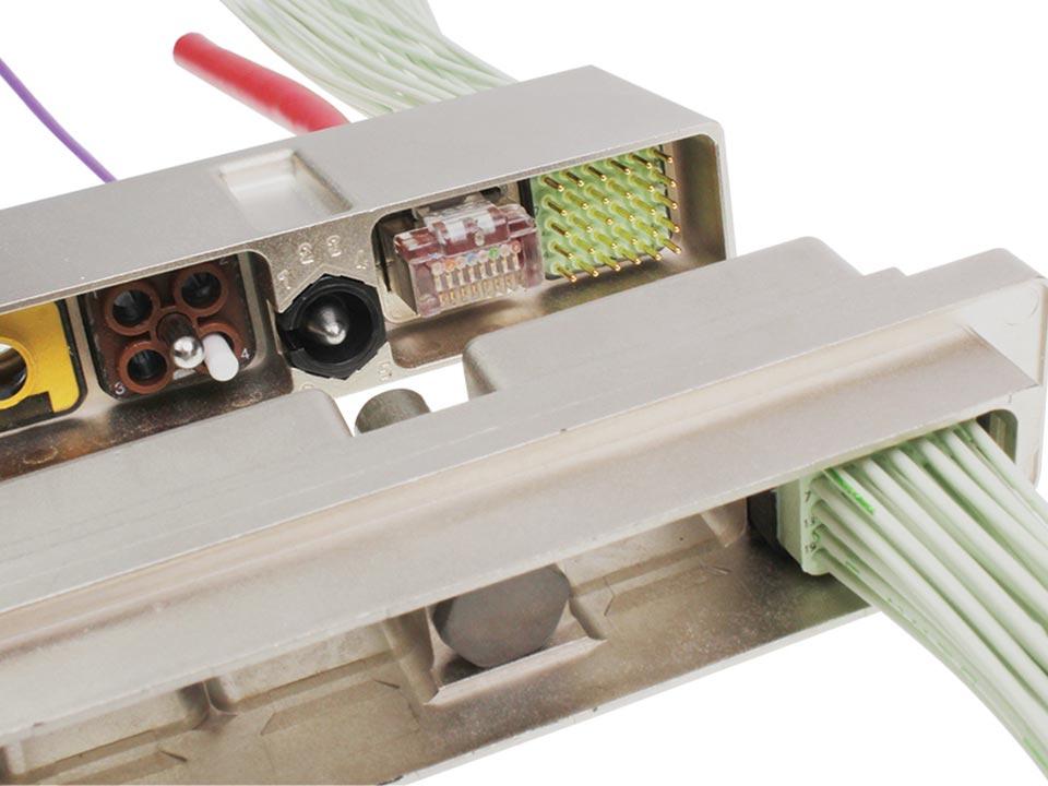 SIM Composite-Steckverbinder der Baureihe 2 / EN 4165
